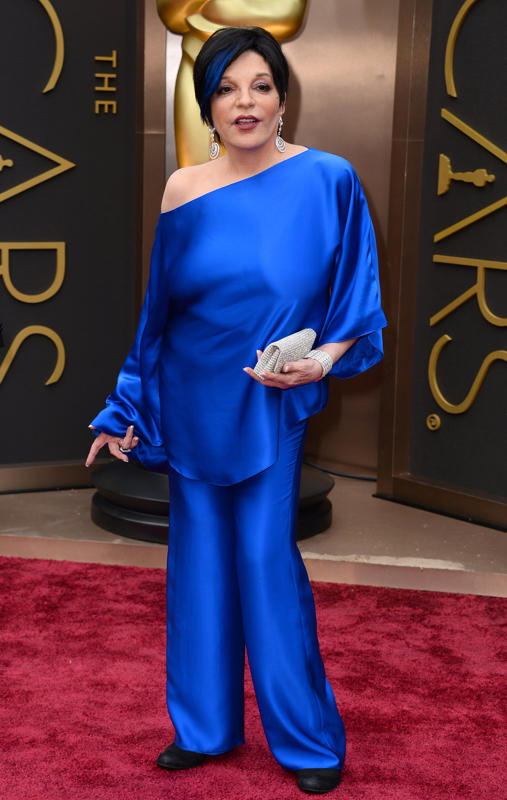 Wearing one of the few missteps of the event, Liza Minnelli obviously threw on her nicest pajamas and hit the red carpet.
