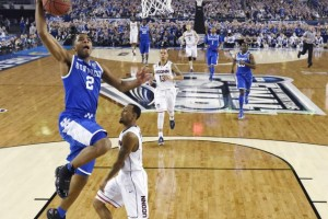 Unbeaten Kentucky Takes on March Madness